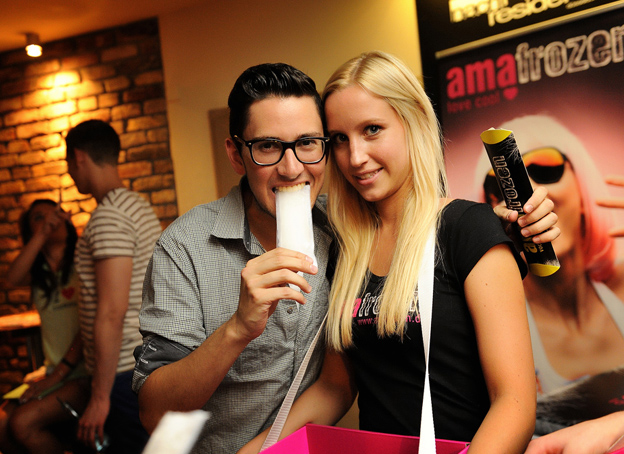 Amafrozen Promo in dem Club/Disko Nachtresidenz in Düsseldorf